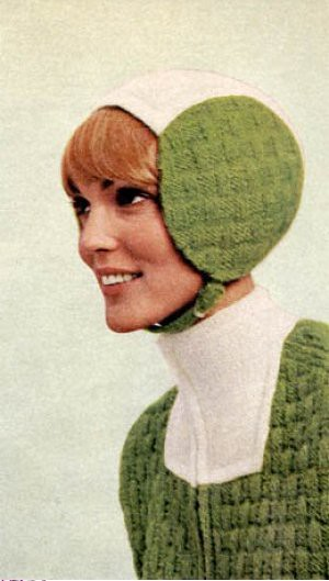 knitted-space-helmet