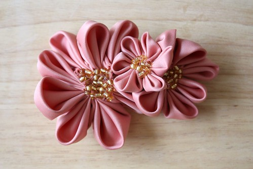 Pointed Kanzashi Flowers (Front)