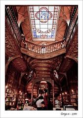 Librera Lello - Oporto (grego.es) Tags: portugal edificios sony agosto verano monumentos iglesias oporto 2010 claustro a700 carlzeiss1680 alpha700 wwwgregoes