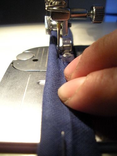 Sewing the pipping