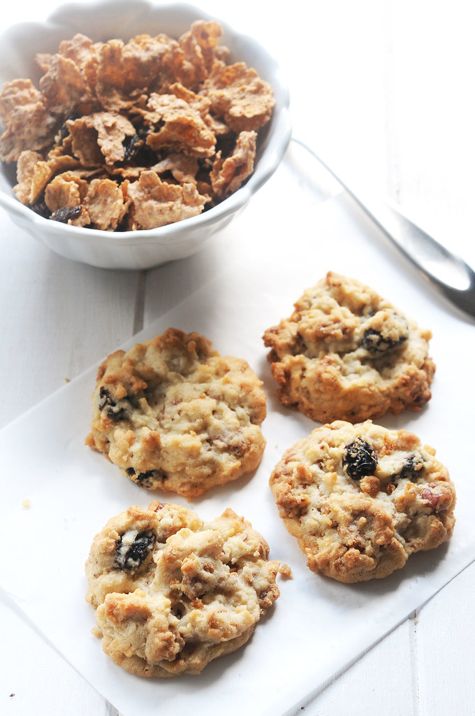 Raisin Bran Crunch Cookies_tall 2