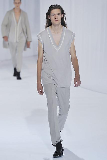 Marcel Castenmiller3133_SS11_Paris_Dior Homme(VOGUEcom)