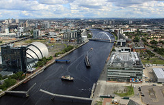 "The River Clyde as viewed from the top of the ""Glasgow Tower"",  Scotland (David May) Tags: city ferry river hotel clyde boat wake motorway ripple kingston bbc m8 secc townscape armadillo swingbridge sciencecentre squinty glasgowtower cantilever stv crowneplazza"