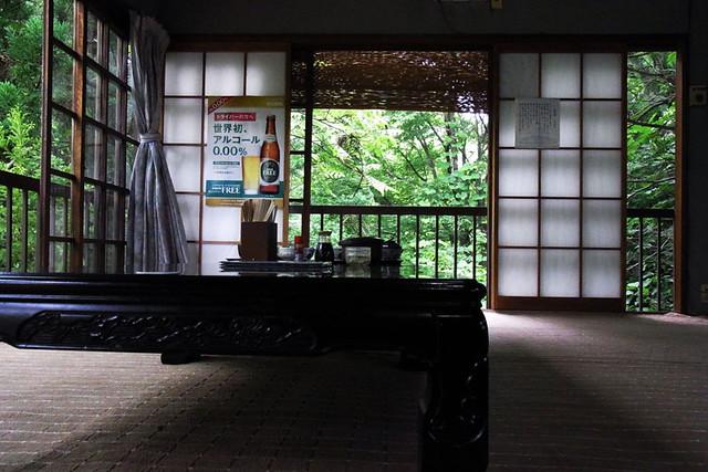 100626_114123_そば処白糸の滝