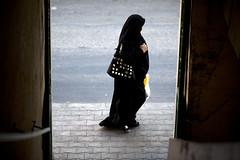 Woman in black (C.Stramba-Badiali) Tags: street lebanon black canon noir femme muslim hijab culture voile liban musulman baalbek liban2009