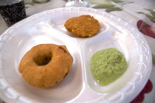 medu vada and dhal (lentil) vada