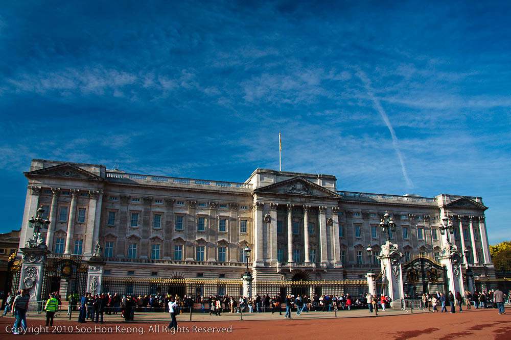 Buckingham Palace @ London, England