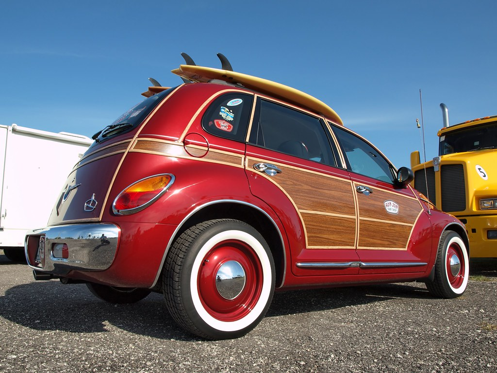 "Ron Jon Surf Shop Chrysler PT Cruiser ""Woodie"""