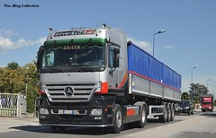 MERCEDES ACTROS 1860 - IT (jrug) Tags: italy truck mercedes italia version f1 special lorry camion v8 1860 lkw actros silvertec worldtruck