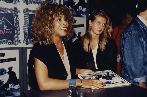 977dc757e6ce95 Tina Turner  Foreign Affair  album signing at hmv 363 Oxford Street