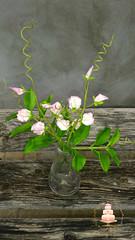 Sweet peas (Albena Bojidarova) Tags: shugar flowers gumpaste cake decorating topper sweet peas