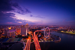 The City Awaking (Jenis) Tags: singapore benjaminshearesbridge marinabaysands thesingaporeflyer