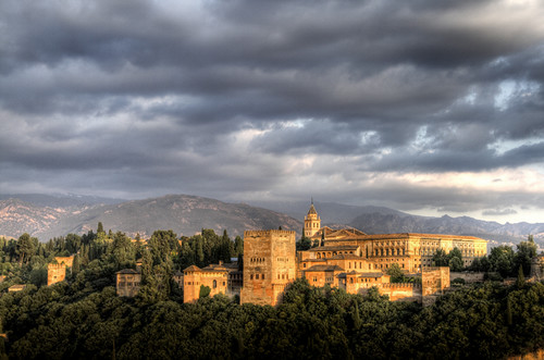 The Alhambra at sunset. La Alhambra al atardecer.