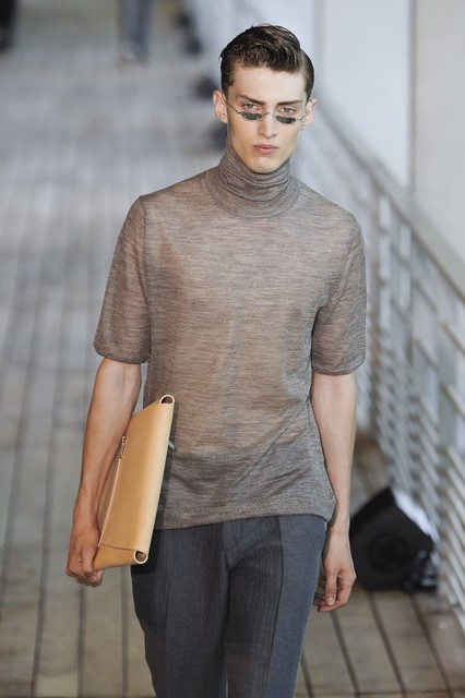 Charlie France3323_SS11_Paris_Wooyoungmi
