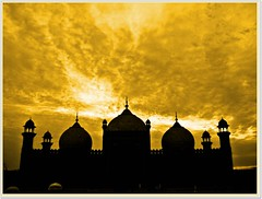 shahi masjid ((s@jj@d)~`~DiL~AwAiZ~`~ Back) Tags: road blue pakistan red sky cloud white black colour art love beautiful beauty yellow clouds asia time muslim pakistani lover lovely punjab syed past lahore pabbi masjid shah landscap shahiqila dil shahi qila sajjad panjab nowshera chirat shahimasjid awaiz dilawaiz
