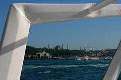 Istanbul (delikizinyeri) Tags: ferry skyline canon turkey trkiye istanbul trkei sultanahmet turchia ayasofya kasri 400d sepetciler