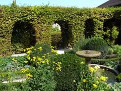 Yvoire Jardin des Cinq Sens (I love beachhuts) Tags: flowers lake france medieval lakegeneva laclman yvoire jardindescinqsens