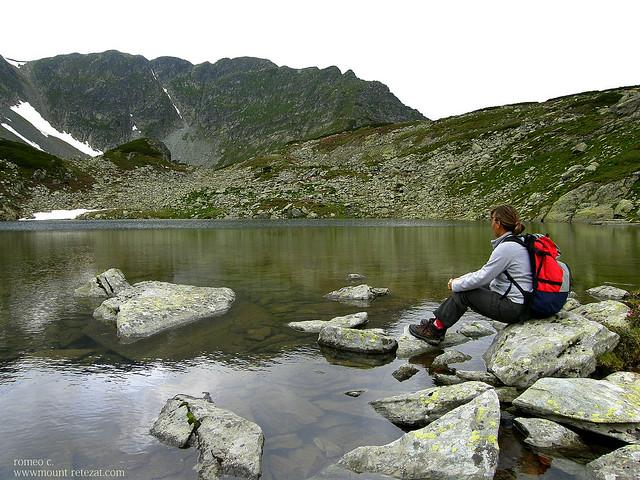 Lacul Custura Mica
