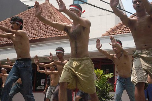 "PANAS] ""BENDERA INDONESIA"" Hantar 200 Ilmu Kebal Serang Malaysia"