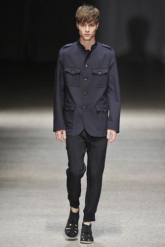 SS11_Milan Neil Barrett0023_Ole Jacobs(Stylecom)