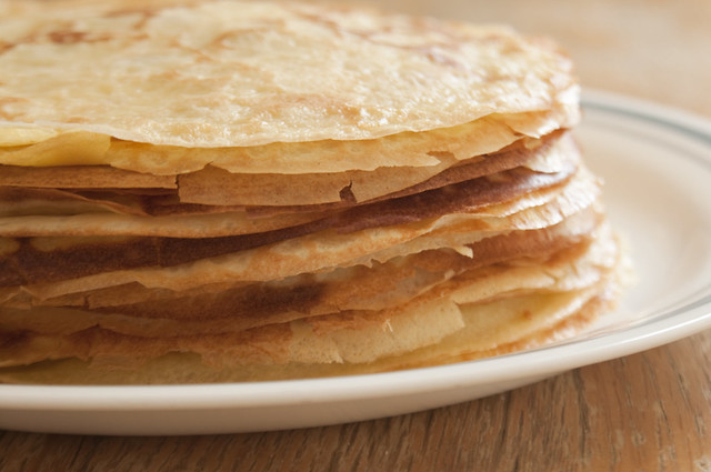 20 crepes for the layers