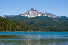 Mt. Thielsen, Diamond Lake, OR (McBeth Photography) Tags: oregon nikon landschaft diamondlake anawesomeshot peacefulgetaway nikon35135mmaf peacefulgetaways