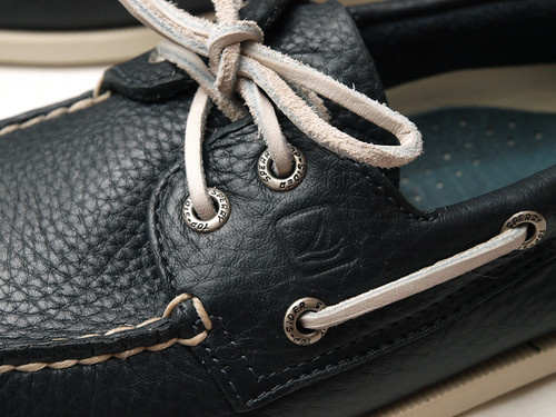 Top Sider / Authentic Originals 2-Eye Boat Shoes
