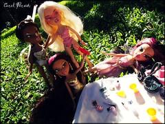 Garden Party (Carol Parvati ) Tags: party green grass garden contest springbreak jade carol sasha yasmin grr cloe parvati bntm bndm headgamez playsportz girlzreallyrock carolparvati