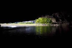 Sous les pierres d'Halong
