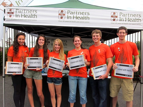 PIH volunteer crew represents!