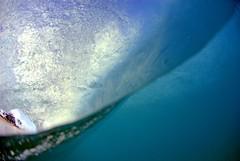 Split Level (Phil Gibbs) Tags: hawaii nikon surf oahu barrel wave fisheye spl split sandys sandybeach 105mm catchycolorsblue waterhousing philgibbs
