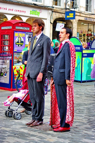 Edinburgh, Edimbourg, Scotland, The Fringe dans High street 7