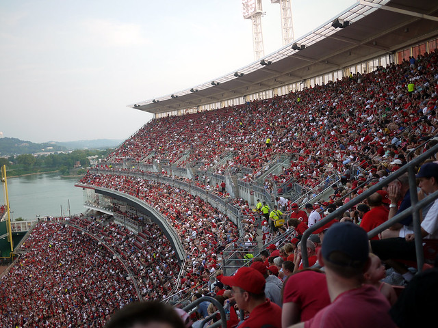 Reds vs Cards