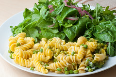 Rotini with Peas and Goat Cheese