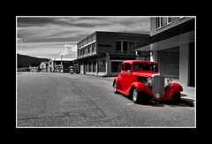 Downtown (JayTeaUK) Tags: cruise red costa norway monotone deserted andalsnes customcar colourpopping johnturp jayteauk