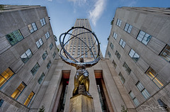 Atlas Statue - New York (DiGitALGoLD) Tags: new york city nyc statue lens town nikon tripod center east atlas nikkor rockefeller mid f28 gitzo d3 1424mm