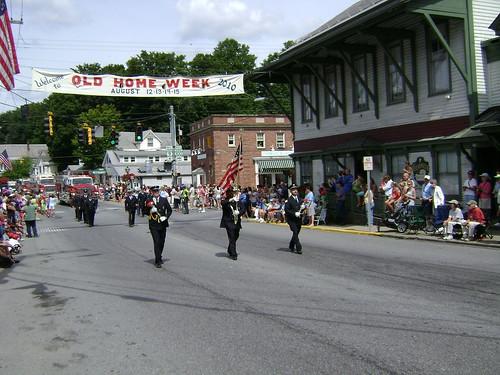 95FD OHW Parade 081410