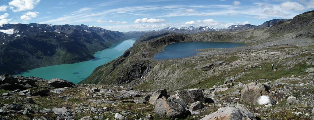 zicht op het eerste meertje Bjørnbøljtørna
