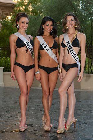 Miss Universe 2010 contestants Miss Bolivia 2010 Claudia Arce Lemaitre, Miss USA 2010 Rima Fakih and Miss Venezuela 2010 Marelisa Gibson
