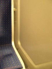 Métro - 11 (Stephy's In Paris) Tags: paris france underground subway nikon metro métro francia stephy nikoncoolpix4300 coolpix4300 métroparisien métropolitain métrodeparis stephyinparis