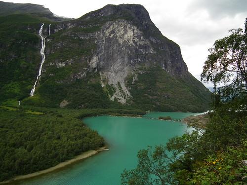 rotslawine vanaf Ramnefjellet