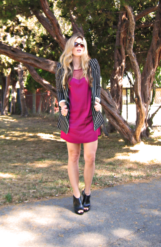 vintage striped blazer+berry pink dress+black wedges, shift dress and blazer