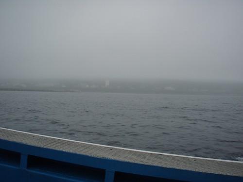利尻島が雲に包まれる