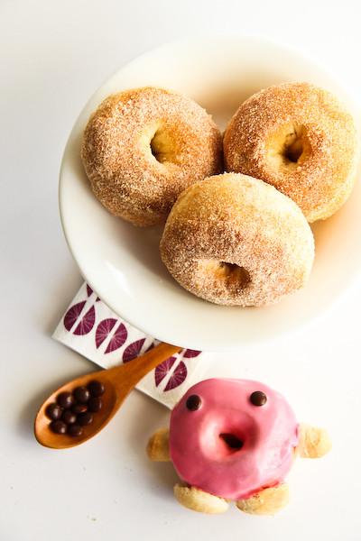 baked_cinnamon_doughnuts-6