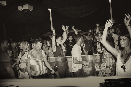 Never Say Never presents Sasha at Ushuaia with Dimitri Nakov and Cassy: 19/08/2010