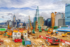 Hong Kong Construction (Jim Boud) Tags: china camera travel canon asian island hongkong eos asia chinese dslr digitalrebel kowloon digitalslr hdr highdynamicrange hongkongisland multipleexposures asiapacific exposureblending photomatix blendedexposures photomatixpro autobracketing jimboud t2i photomatixhdr jamesboud eos550d kissx4