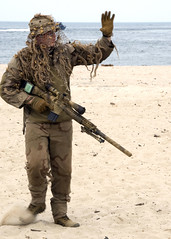 SEAL Sniper (US Navy) Tags: training military playa seal militar sniper usnavy arma marinero entrenamiento unitedstatesnavy littlecreek