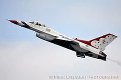 The USAF Thunderbirds - 2010 Atlantic City Air Show (mikelynaugh) Tags: city newjersey nj atlantic airshow atlanticcity boardwalk thunderbirds thunder atlanticcityairshow lynaugh thunderovertheboardwalk mikelynaugh