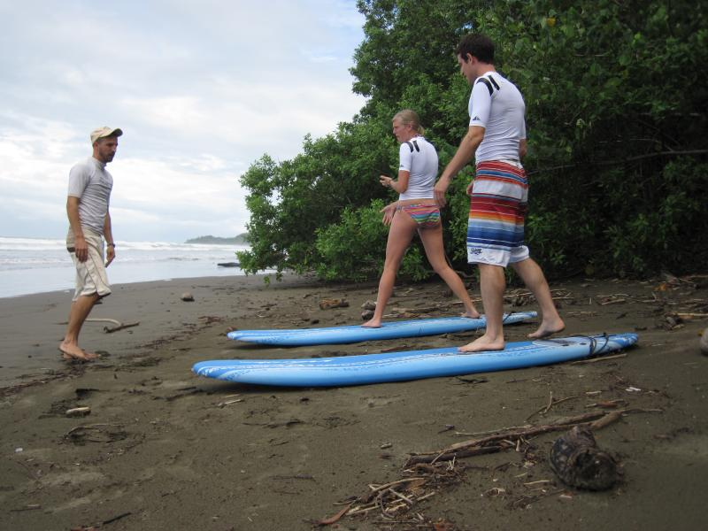 Uvita surf lessons