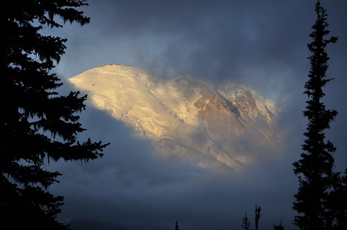 Sunrise to Pallisades Lakes - Mt Rainier National Park 016